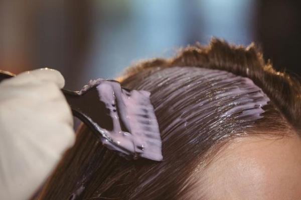 惊!染头发就会得白血病?是真的么?